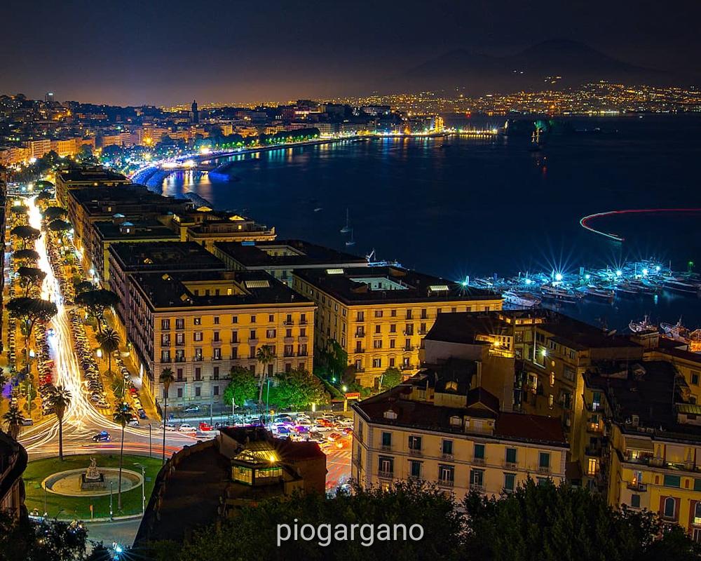 Napoli Di Notte La Voce Del Quartiere